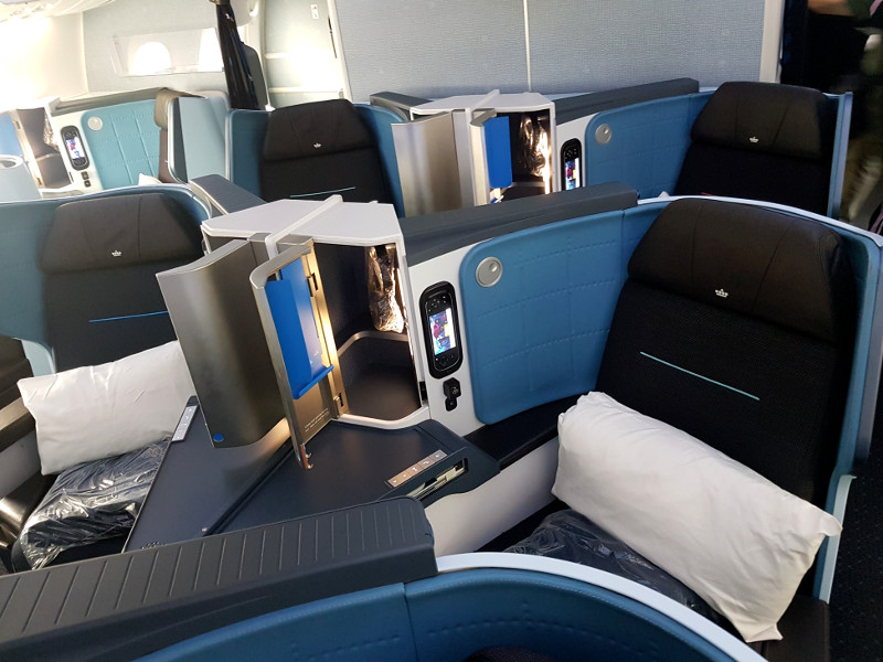 KLM Dreamliner B787 Business Class Erfahrung