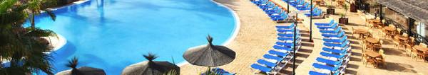 Fuerteventura: Flug und 7 Übernachtungen, Halbpension im 4 Sterne Hotel Barceló Thalasso & Spa 444€