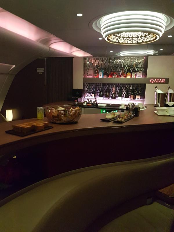 Qatar Airways Business Class Bar im Airbus A380
