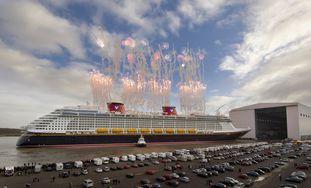 Meyer Werft Papenburg - Kurzurlaub mit maritimem Flair, Ozeanriesen & Traumhotel Tolles Hotel mit 100% HolidayCheck Bewertung, Frühstück, Ticket für das Besucherzentrum der Meyer Werft, inkl. Shuttle Service Bild Quelle: ShipYard Cruises
