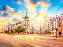 HRS Deals WooTravelling Plaza de Oriente HOMTELS Apartamentos