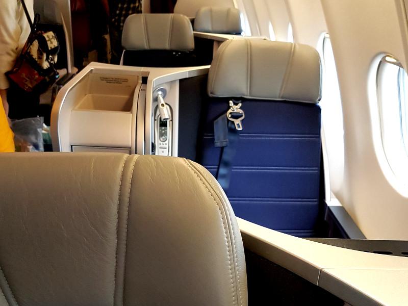 Malaysia Airlines Business Class Airbus A330 Erfahrung Einzelreisender Sitz