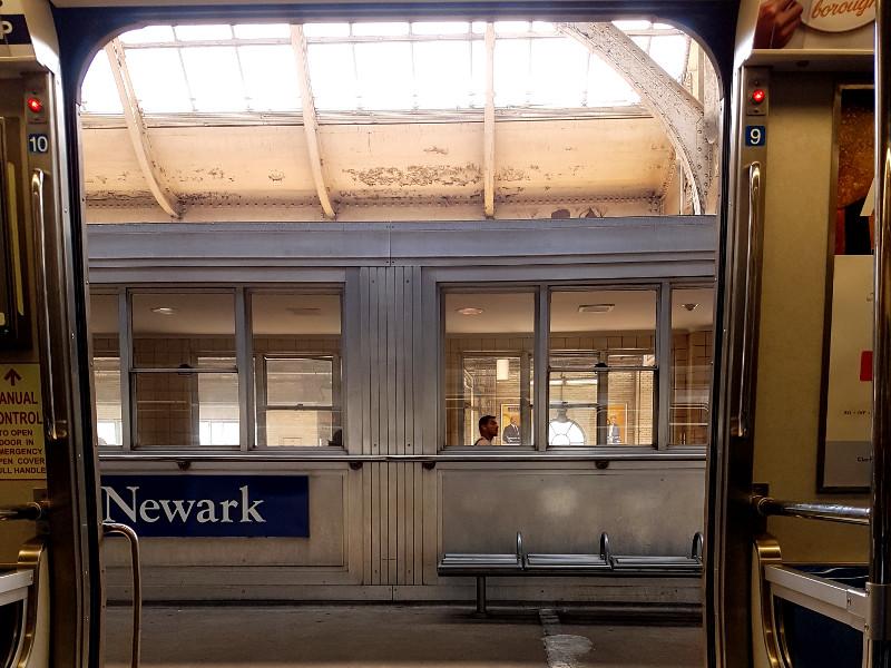 PATH Zug Bahnhof Newark Penn Station Erfahrung - Hotelempfehlung für den New York Urlaub