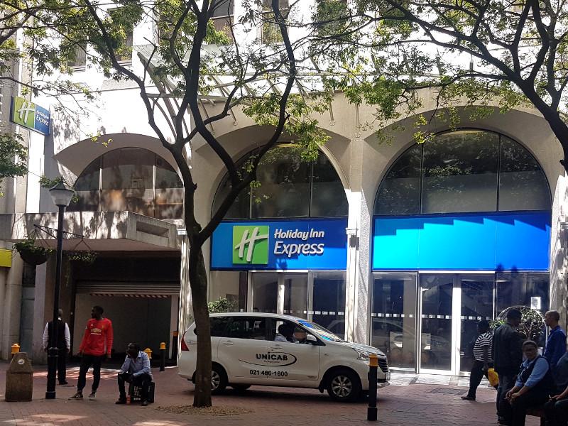 IHG Holiday Inn Express Kapstadt City Center Erfahrung
