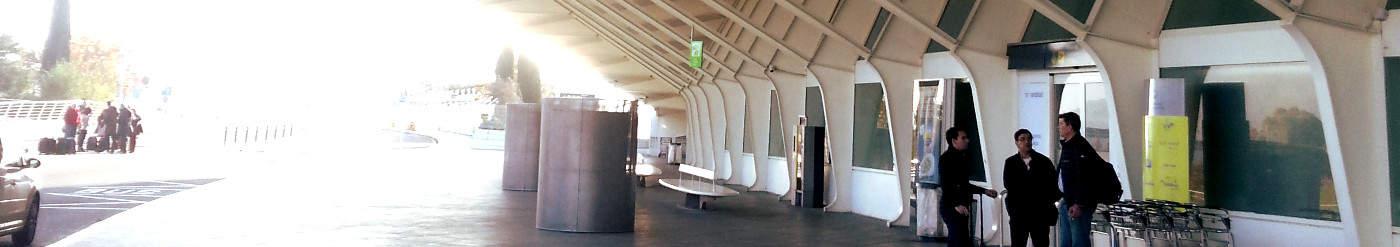 Hoppa Gutschein: 32 Prozent Rabatt auf die preisgünstigen Flughafentransfers von Hoppa – mit Taxi, Kleinbus oder Shuttle ins Hotel