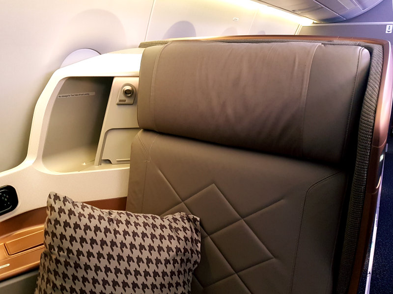 Singapore Business Class - Breiter Sitz