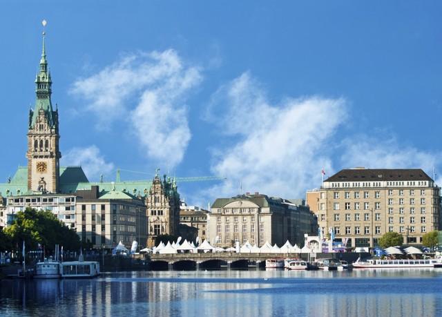 Exklusivität vor den Toren Hamburgs, Privathotel Lindtner Hamburg, Deutschland - save 60%