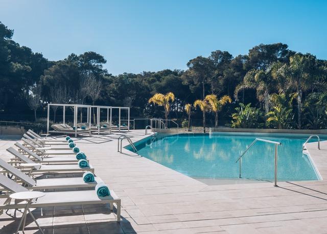 Luxuriöser Lifestyle am Strand von Playa de Palma, Hotel Iberostar Selection Llaut Palma, Mallorca, Balearische Inseln, Spanien - save 30%
