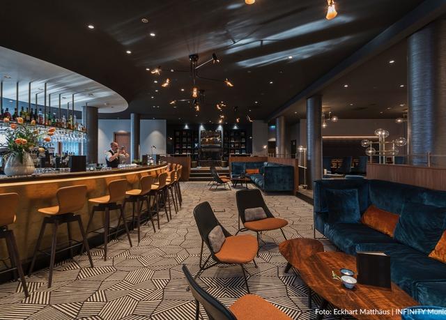 Citynahes Design-Hotel bei München, Infinity Hotel & Conference Resort Munich, Unterschleißheim, Bayern, Deutschland - save 49%