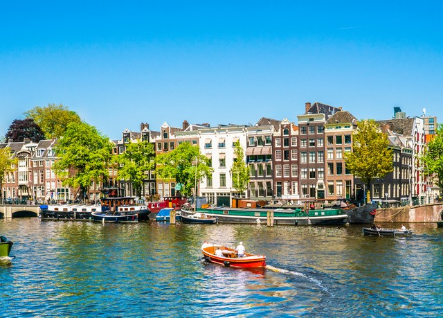 Die grüne Seele Amsterdams entdecken, The Lancaster Hotel Amsterdam, Niederlande - save 33%