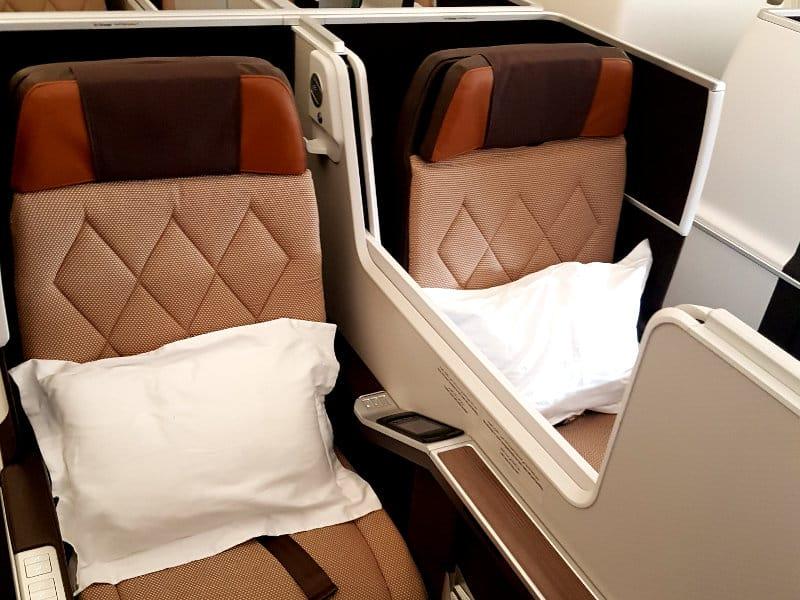 Oman Air APEX Suite Business Class Sitze