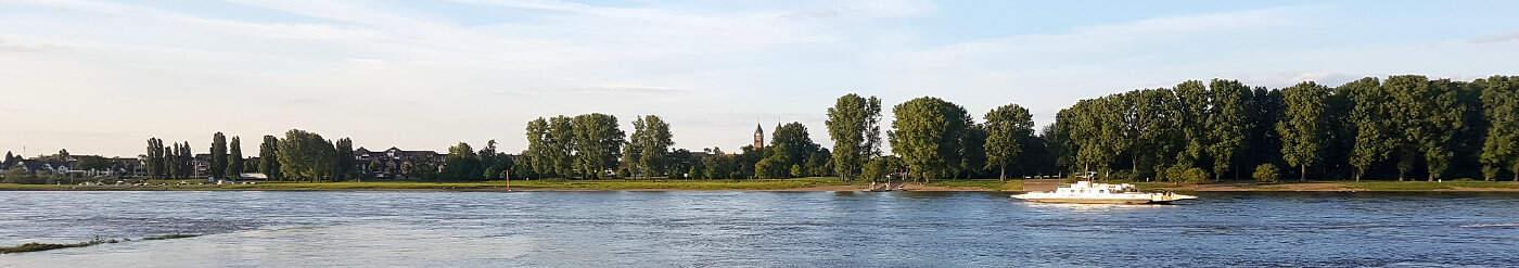 HRS Deals Mecklenburgische Seenplatte: Hotel Schloss Klink mit Frühstück ab 82 Euro