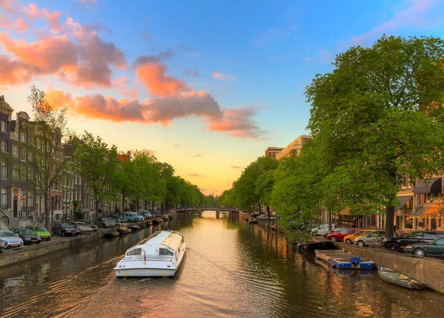 Amsterdam wie es leibt & lebt, Hotel Arena, Amsterdam, Niederlande - save 53%