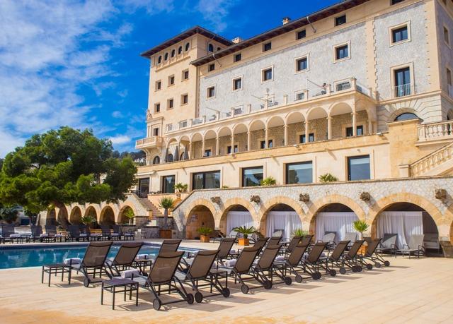 Exquisites 5*-Hotel mit Panorama auf Mallorca, Hospes Maricel & Spa, Cas Català, Mallorca, Balearen, Spanien - save 35%