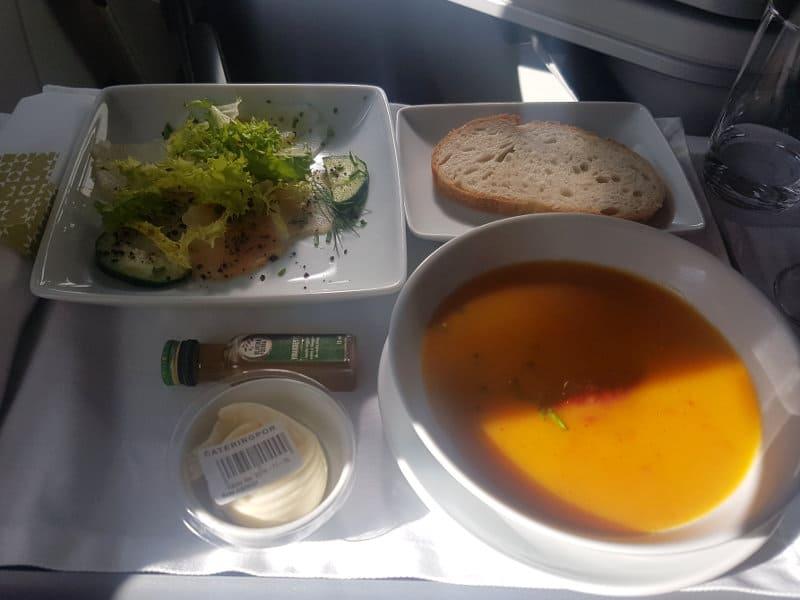 Speisen und Getränke in der TAP Business Class