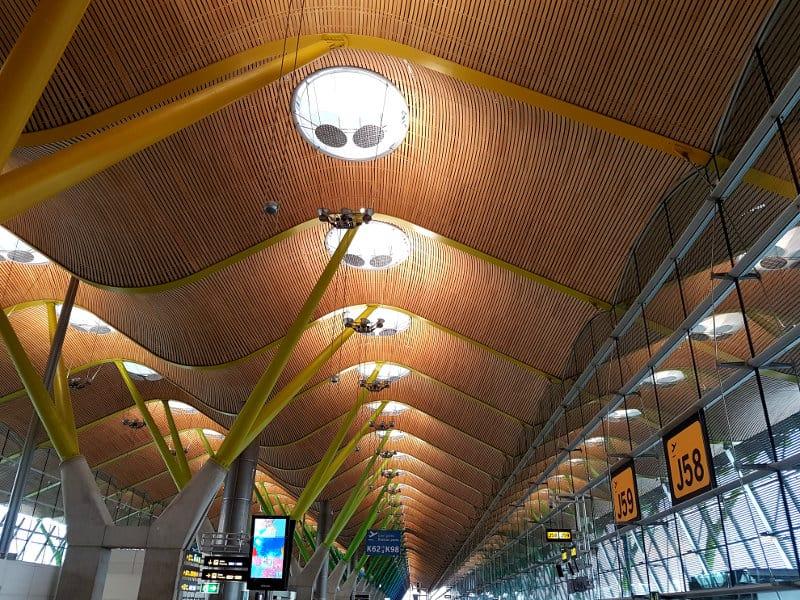 Umsteigen am Flughafen Madrid