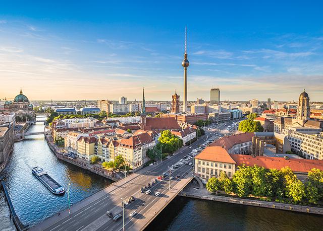 Mitten in Berlin residieren - Kostenfrei stornierbar, Hotel Alexander Plaza, Mitte, Berlin, Deutschland - save 50%