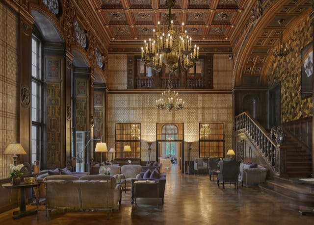 5*-Schlosshotel in Berlin - Kostenfrei stornierbar, Schlosshotel Berlin by Patrick Hellmann, Berlin, Deutschland - save 42%