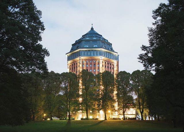 Wasserturm im Sternschanzenpark - Kostenfrei stornierbar, Mövenpick Hotel Hamburg, Deutschland - save 42%