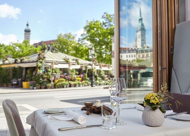 Münchener Flair direkt am Viktualienmarkt - Kostenfrei stornierbar, Living Hotel Das Viktualienmarkt, München, Bayern, Deutschland - save 42%