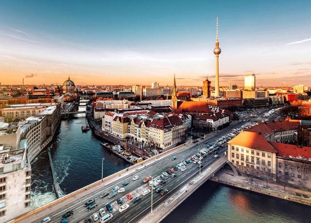 Charme & Eleganz im Berliner Westen - Kostenfrei stornierbar, Hyperion Hotel Berlin, Deutschland - save 44%
