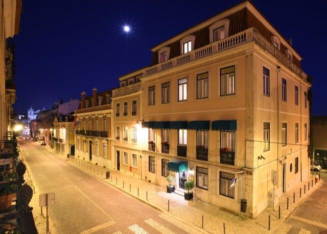 Elegantes Boutique-Flair in Lissabon - Kostenfrei stornierbar, As Janelas Verdes – Lisbon Heritage Collection, Lissabon, Portugal - save 68%
