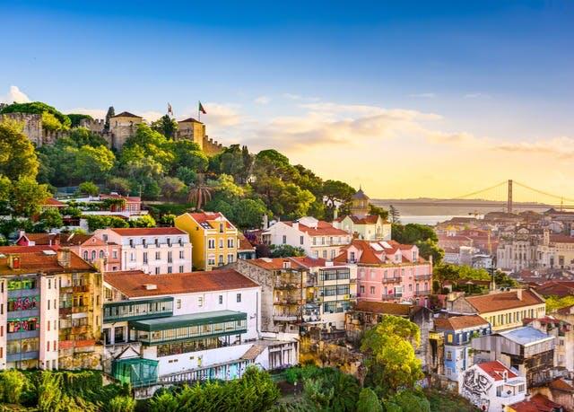 Aktive Auszeit in Portugals Hauptstadt - Kostenfrei stornierbar, Masa Hotel 5 de Outubro, Lissabon, Portugal - save 34%