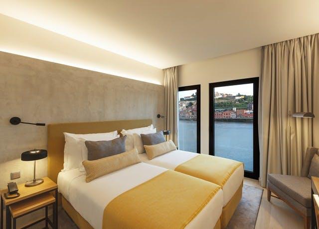 Neueröffnung mit Stil an Portos Douro-Fluss - Kostenfrei stornierbar, Neya Hotel Porto, Portugal - save 58%
