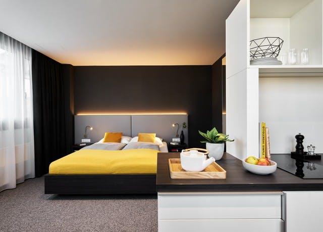 Apartmentcharme & lässiges Wohnflair in München - Kostenfrei stornierbar, JOYN Munich North Olympic, München, Bayern, Deutschland - save 63%
